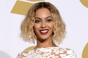 Beyonce Singer Celebrity Blonde Smile