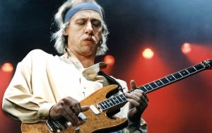 Dire Straits Guitar Performance